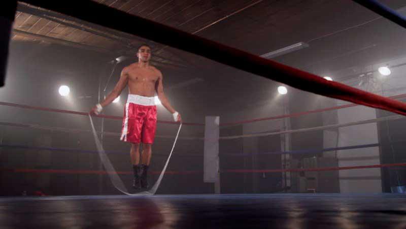 Saltar a la comba es un ejercicio básico en los entrenamientos de boxeadores