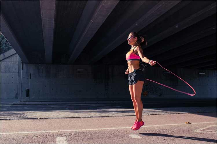 con 10 minutos de ejercicio con tu comba para saltar es suficiente